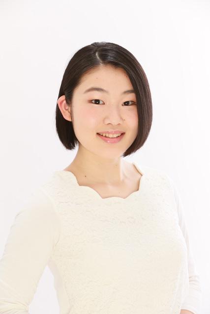 白い服のオーディション写真