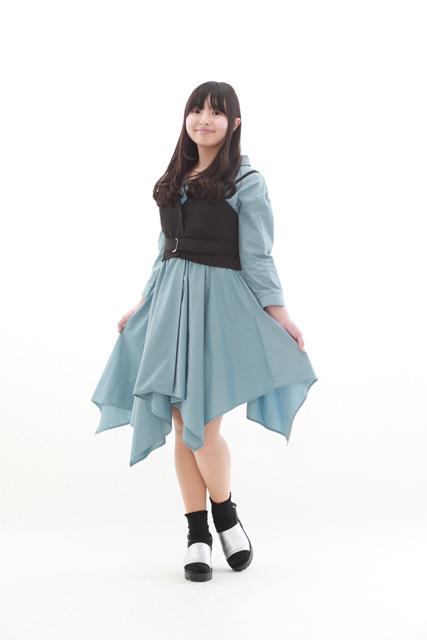 オーディション写真の服装 ロングスカート