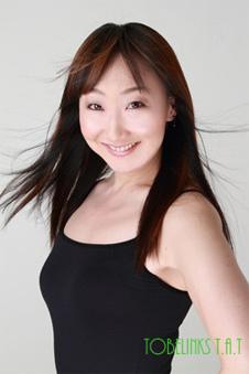 風を当てた女優のオーディション写真
