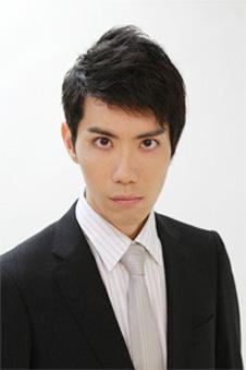 スーツ男性宣材写真